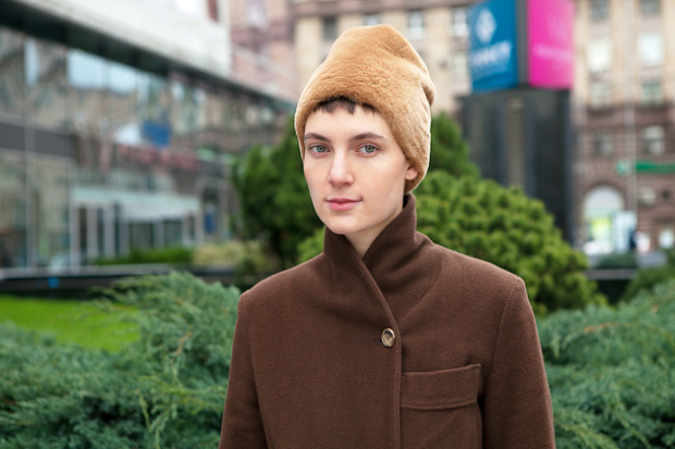 Внешний вид: Соня Тарасова, филолог. Изображение № 7.