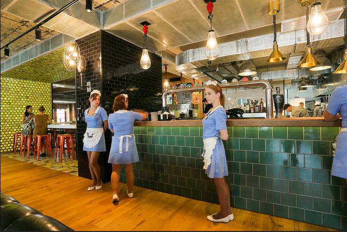 В Хорошёво-Мнёвниках открылся ресторан «Альбатрос» спивом по жетонам. Изображение № 1.