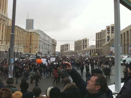 Прямая трансляция: Митинг «За честные выборы» на проспекте академика Сахарова. Изображение № 88.