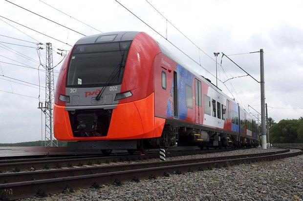Поезд «Ласточка» сообщением Петербург— Москва станет регулярным. Изображение № 1.