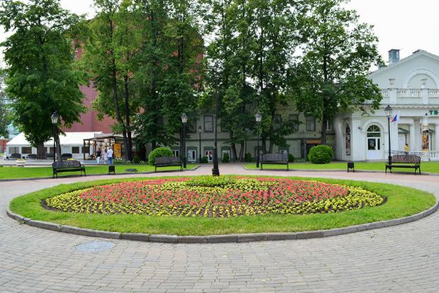 Неудачные примеры озеленения в Москве. Изображение № 4.