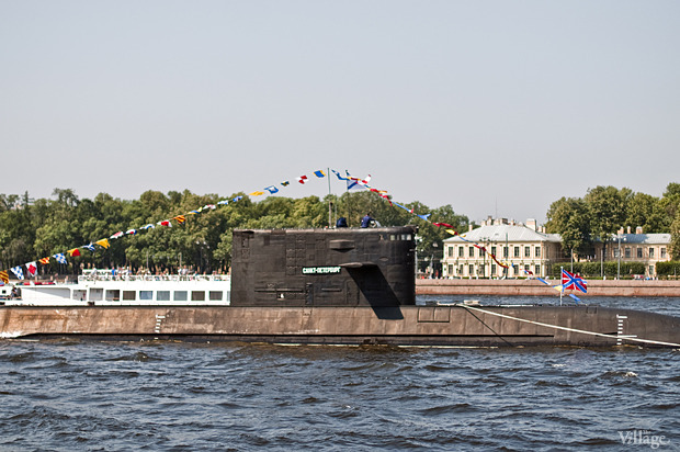 Фоторепортаж: День Военно-морского флота в Петербурге. Изображение № 7.