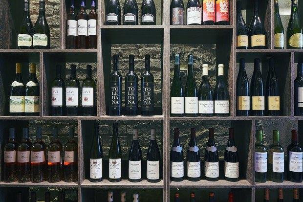 НаМалой Никитской улице открылся винный бар Why Not Wine. Изображение № 3.