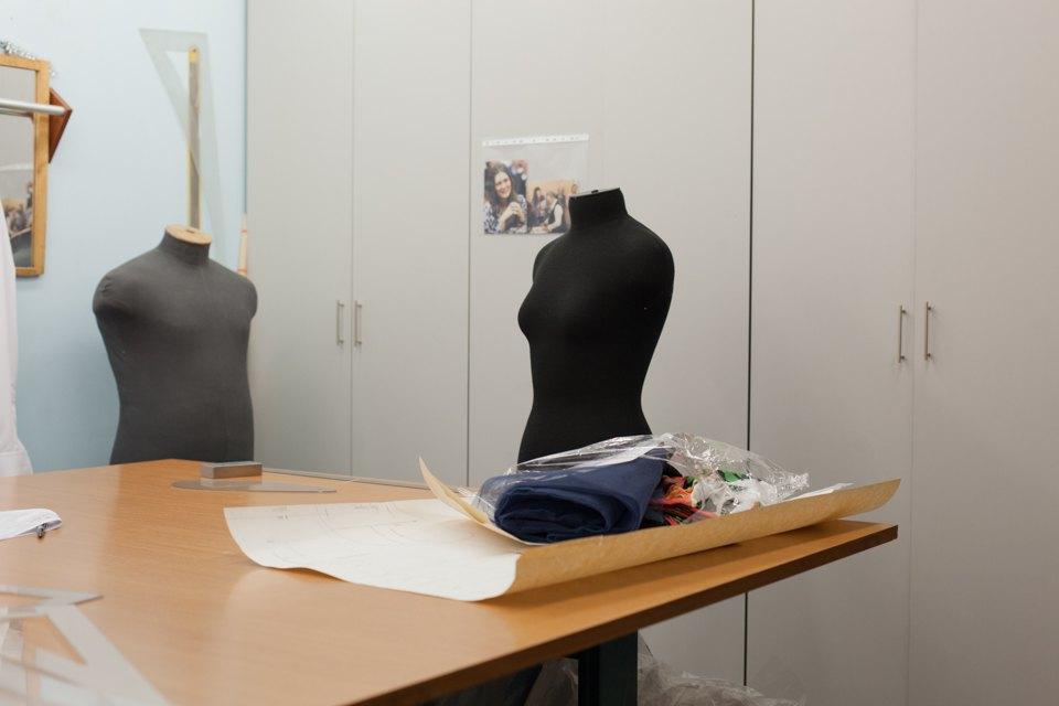 Как заработать, одевая чиновников и артистов. Изображение № 2.
