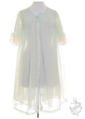 В «Цветном» появится корнер винтажной одежды Beyond Retro. Изображение № 3.