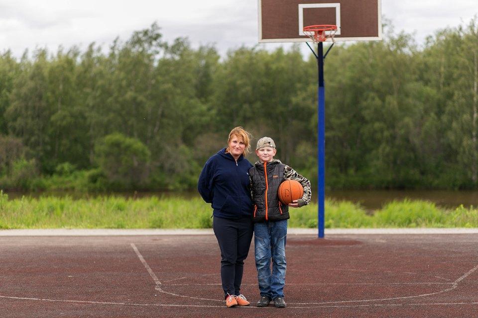 Кто занимается спортом на улице . Изображение № 10.