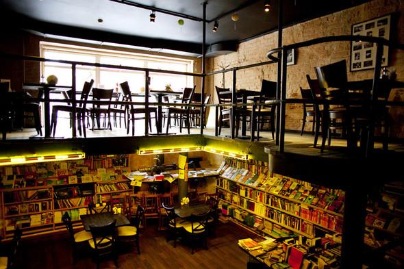 После прочтения съесть: 5 кафе при магазинах. Изображение № 25.