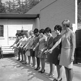 События недели: Grouper, Miss Kittin, Future Shorts, Сара Мун и Уильям Кляйн на Фотобиеннале. Изображение № 6.