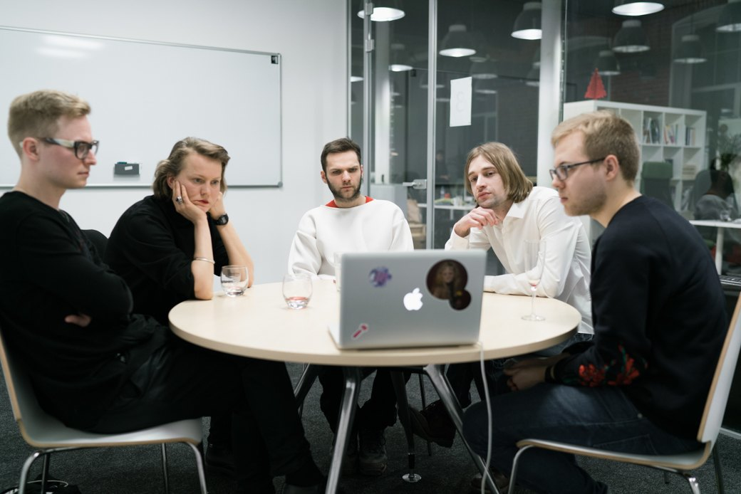 Круглый стол: Современные художники обсуждают, что не так спремией «Инновация» . Изображение № 2.