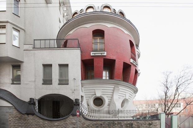 Почему дом-яйцо стал символом лужковской архитектуры. Изображение № 1.