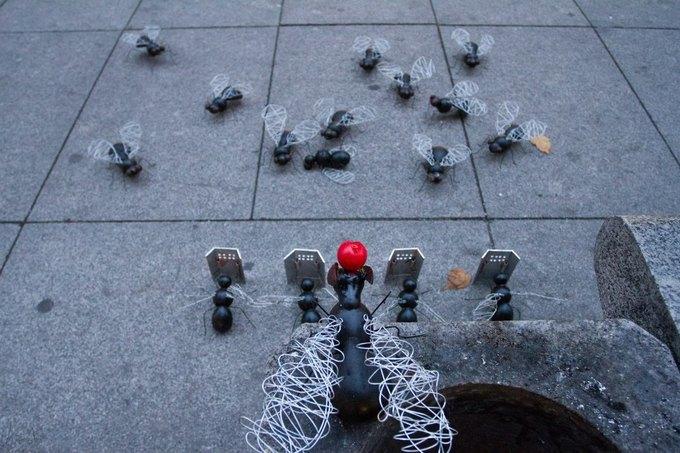 Стальные мухи наБольшой Конюшенной улице. Изображение № 3.