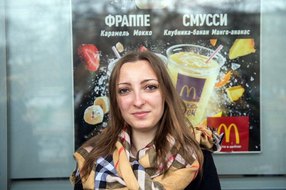 Очередь взакрытый «Макдоналдс» наПушкинской. Изображение № 10.