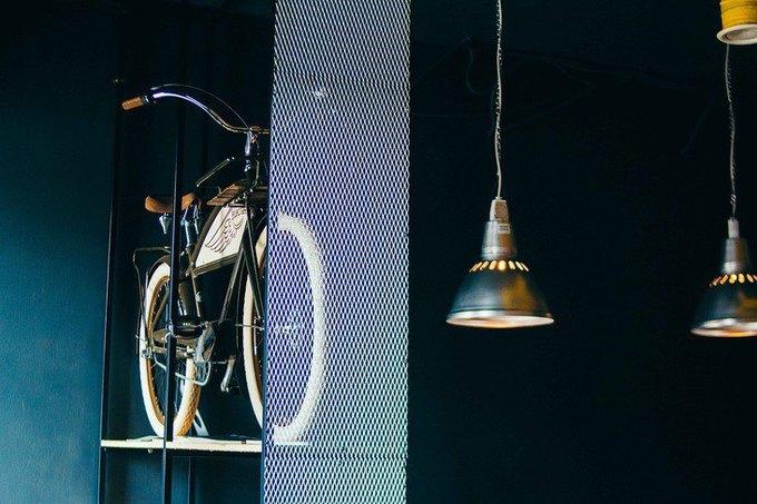 Наулице Декабристов открылось кафе для велосипедистов «1818» . Изображение № 4.