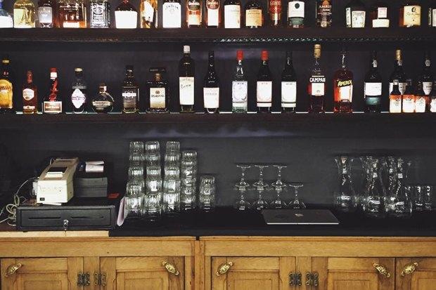 Кафе Blum и «Юность», ресторан AQ Kitchen, киоск Пян-сё ивозобновивший работу Door19 . Изображение № 3.