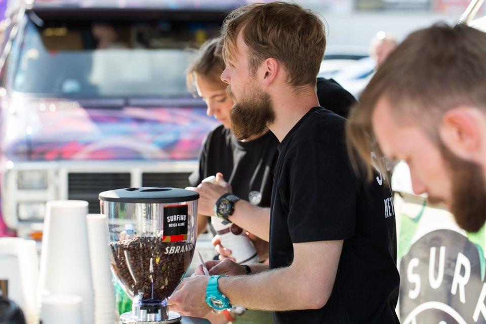 Участники фестиваля кафе наколесах. Изображение № 5.