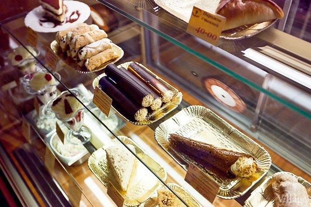 Все свои: Кафе-мороженица «Вкусные штучки» наПетроградке. Изображение № 3.