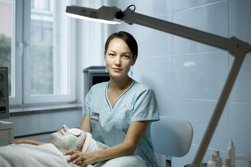 Косметолог Виктория Клишко— оботоксе, прыщах иместах, которые мужчины эпилируют чаще всего. Изображение № 4.