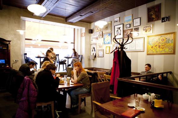 После прочтения съесть: 5 кафе при магазинах. Изображение № 44.