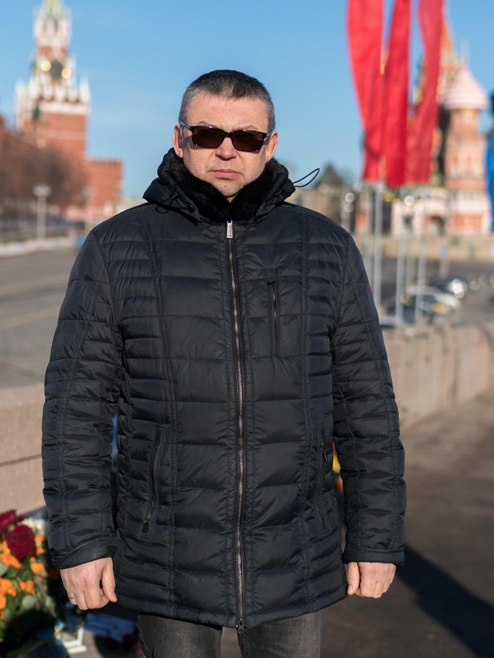Защитники «Немцова моста» — освоих дежурствах, политике ичувстве долга. Изображение № 3.