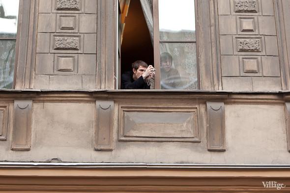 Фоторепортаж: Шествие за честные выборы в Петербурге. Изображение № 11.
