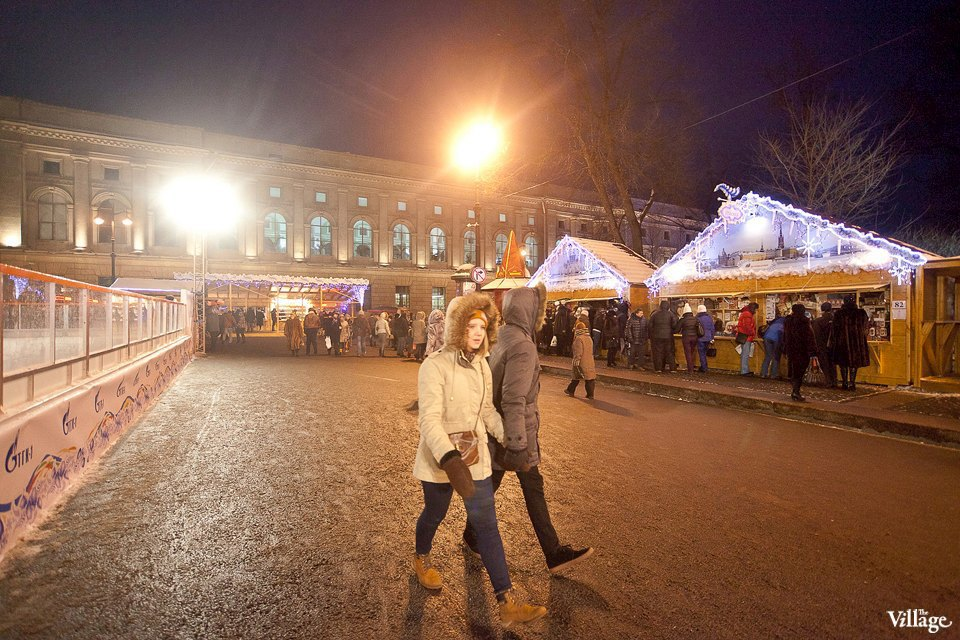 Люди в городе: Продавцы рождественской ярмарки на Островского. Изображение № 24.