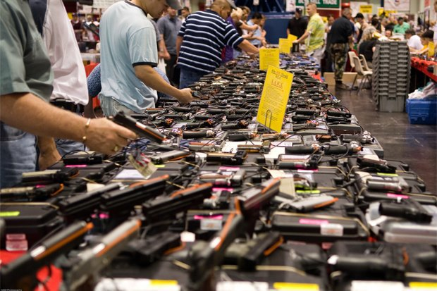 В интересах безопасности: Какие страны разрешают гражданам носить оружие. Изображение № 4.