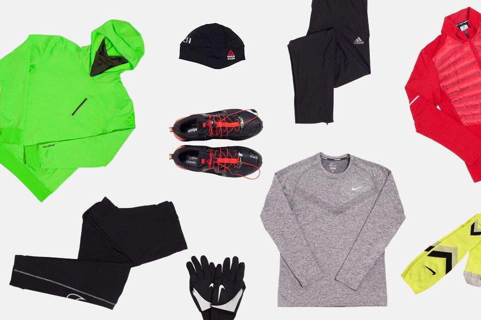 Первый вариант — универсальный: нижний и верхний слой Nike, средний слой adidas, кроссовки и шапка Reebok, тайтсы, перчатки и носки Nike, брюки adidas.. Изображение № 2.