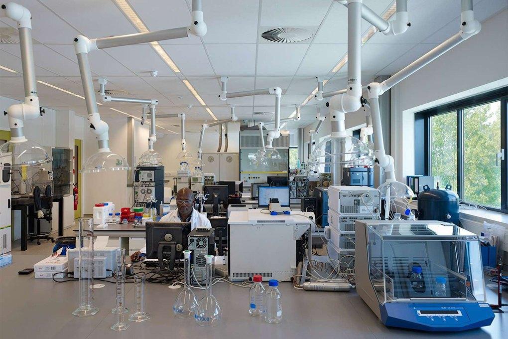 Фабрики умственного труда: Как устроены самые впечатляющие лаборатории в мире. Изображение № 18.