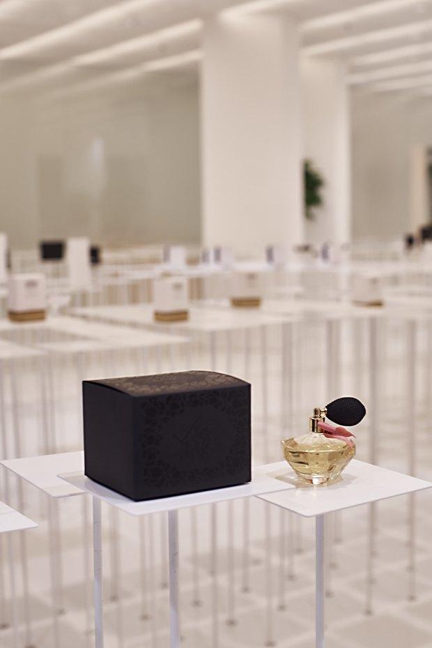 В AuPontRouge открылся этаж Cosmotheca сминималистическим дизайном иконвейером. Изображение № 14.