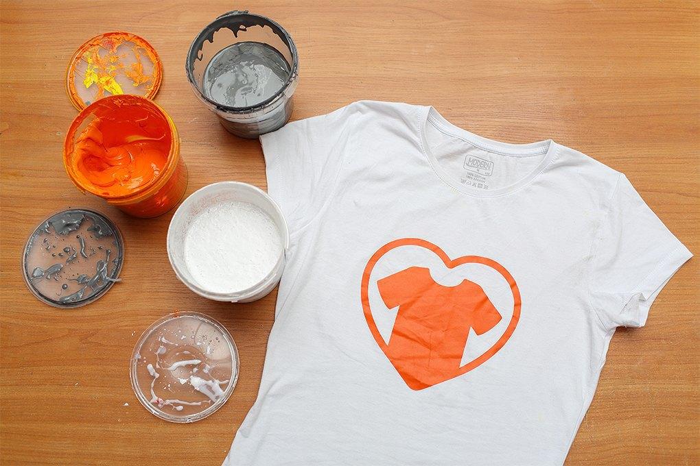 «яМайка»: Оптовое производство футболок, выросшее из студии печати . Изображение № 1.