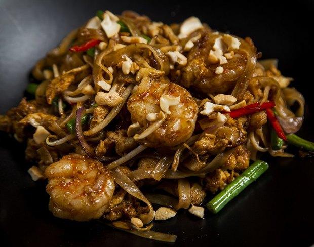 Александр Раппопорт открыл ресторан Black Thai. Изображение № 1.