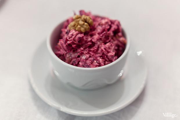 Салат из свёклы с черносливом и орехами — 200 рублей . Изображение № 14.