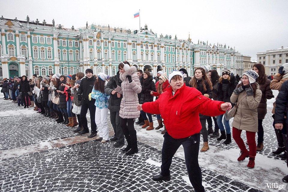 Фоторепортаж: Gangnam Style и зарядка на Дворцовой площади. Изображение № 33.