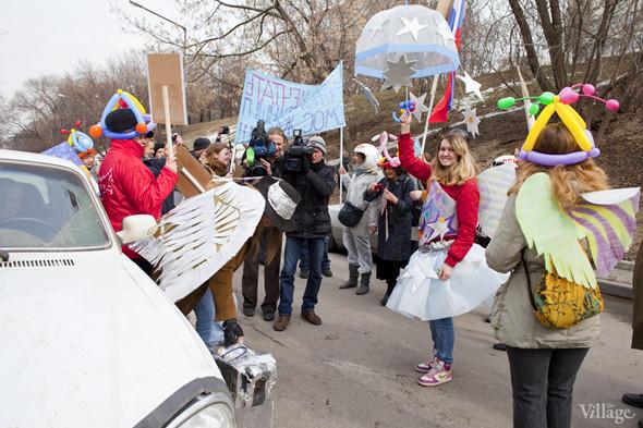 В Москве прошло арт-шествие в честь Дня космонавтики. Изображение № 16.