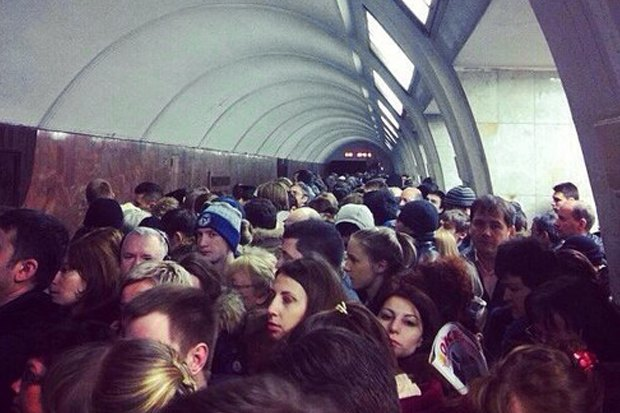 Фото дня: Сбой на Калужско-Рижской линии метро. Изображение № 1.