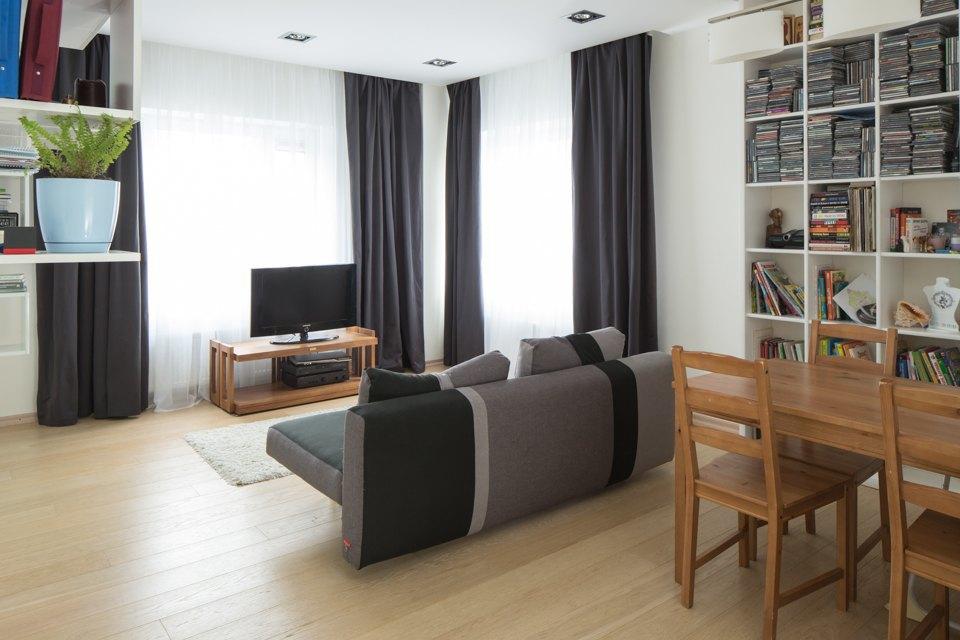 Квартира для большой семьи сминималистским интерьером. Изображение № 7.