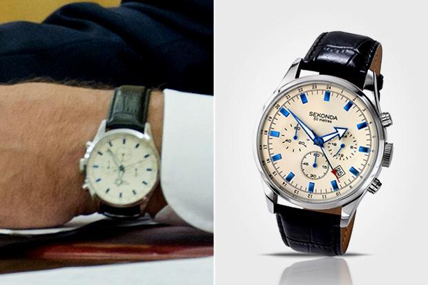 Есть вопрос: «Сколько стоят часы Сергея Собянина?». Изображение № 7.