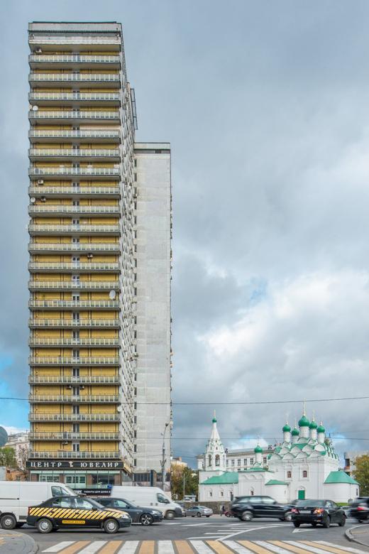 Как живётся всамых необычных домах Москвы иПетербурга. Изображение № 1.