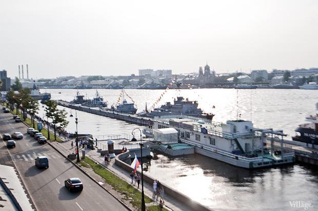 Фоторепортаж: День Военно-морского флота в Петербурге. Изображение № 4.