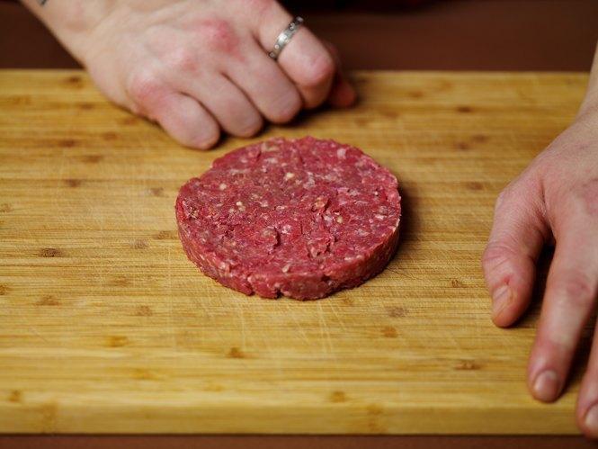 Как приготовить настоящий «Биг Мак» на домашней кухне. Изображение № 25.