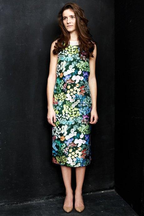 Вещи недели: 12 платьев сцветочным принтом. Изображение № 1.