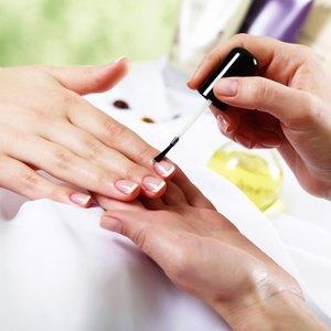 На скорую руку: Экспресс-процедуры всалонах красоты. Изображение № 2.
