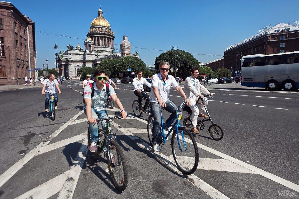 Где наши мигалки: Как петербургские депутаты пересели на велосипеды. Изображение № 22.