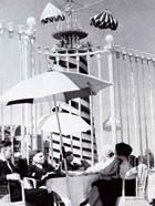 Летнее кафе в парке. 1934–1939 гг. Фотограф — Борис Игнатович