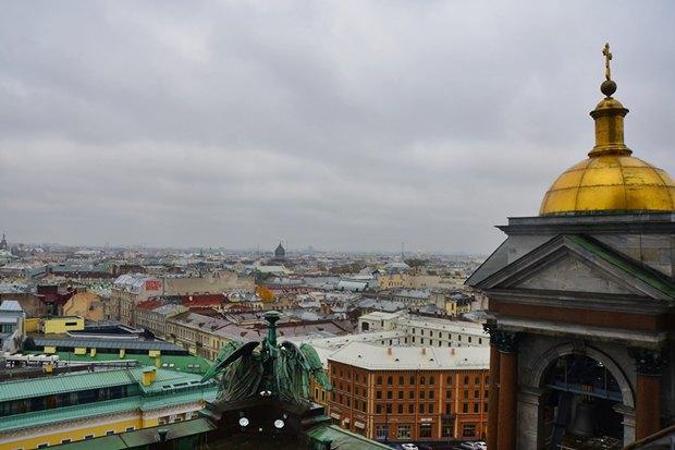 Полтавченко поручил подумать обэкскурсиях попетербургским крышам. Изображение № 1.