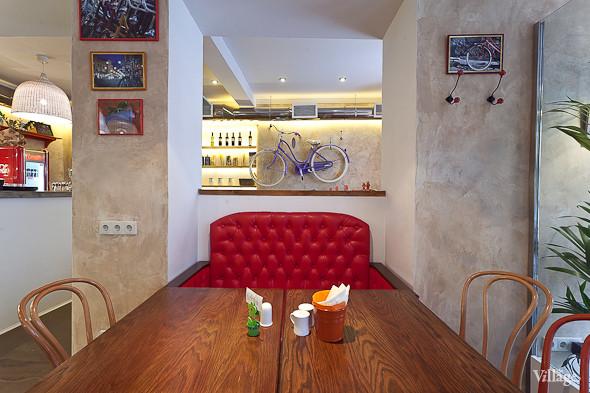 Новое место (Петербург): Caffe Centrale. Изображение № 2.