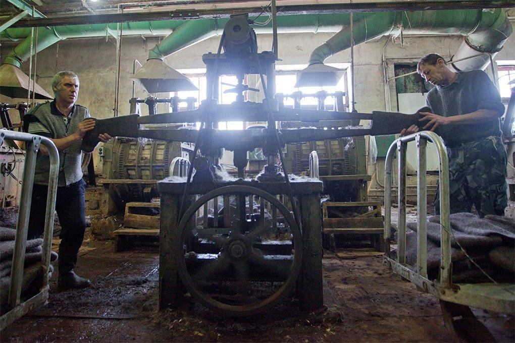 Производственный процесс: Как делают валенки. Изображение № 14.
