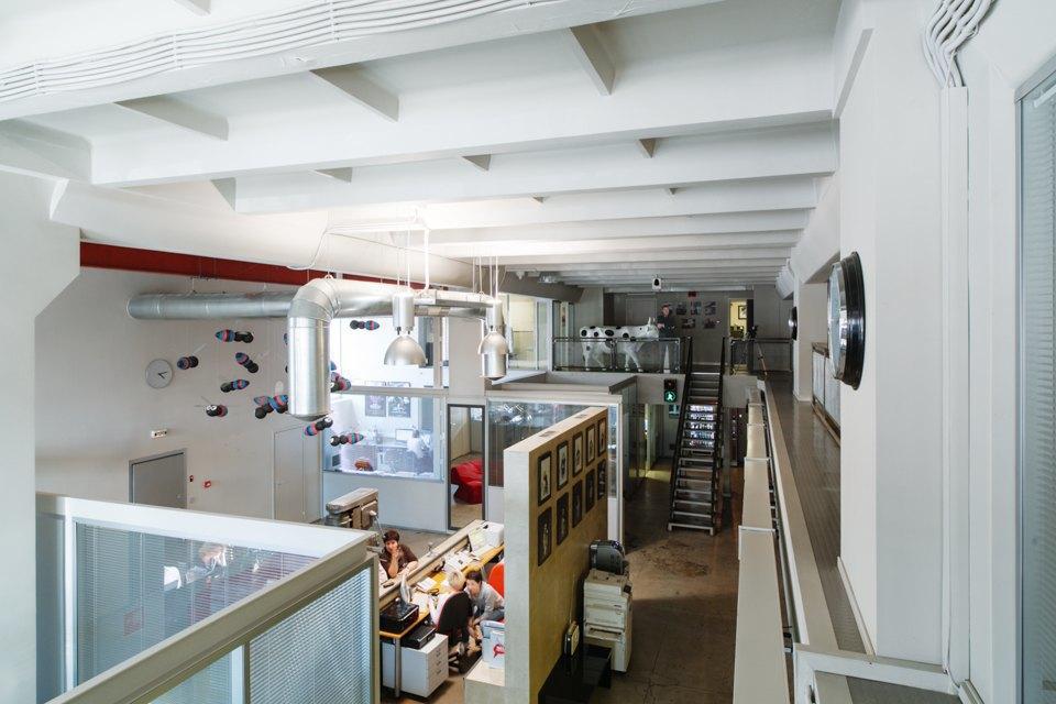 Офис радиостанции «Серебряныйдождь». Изображение № 2.