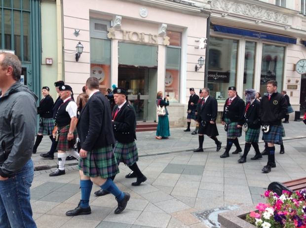 Шотландцы наНикольской улице. Изображение № 2.