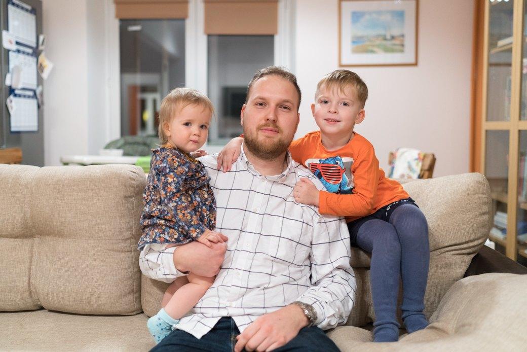 «Супруга называет меня настоящим героем» — отцы, которые сидят сдетьми. Изображение № 2.